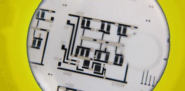 T-shirt printed circuit