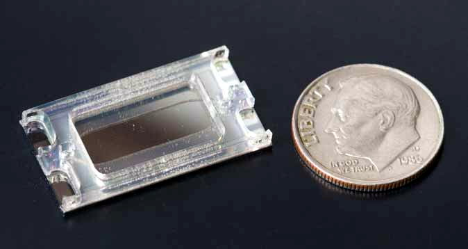 Nanoparticle removal chip