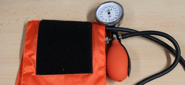 Remote Monitoring Prompts Postpartum Checkups and Hypertension Tracking