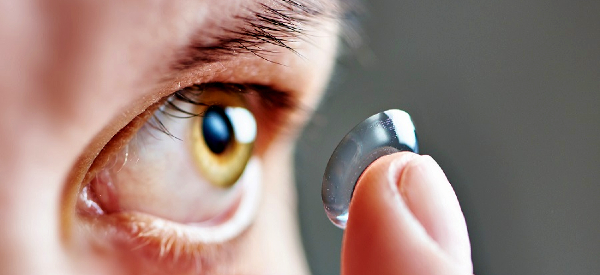 New Contact Lenses Use Gold to Correct Color Blindness