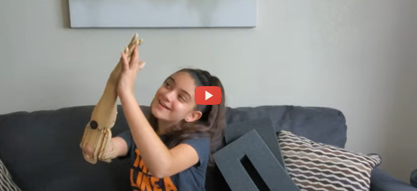 Technology Creates Customized Prosthetic Hands [video]