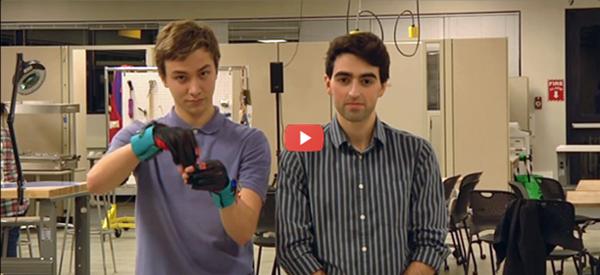 Gloves Convert Sign Language to Speech [video]
